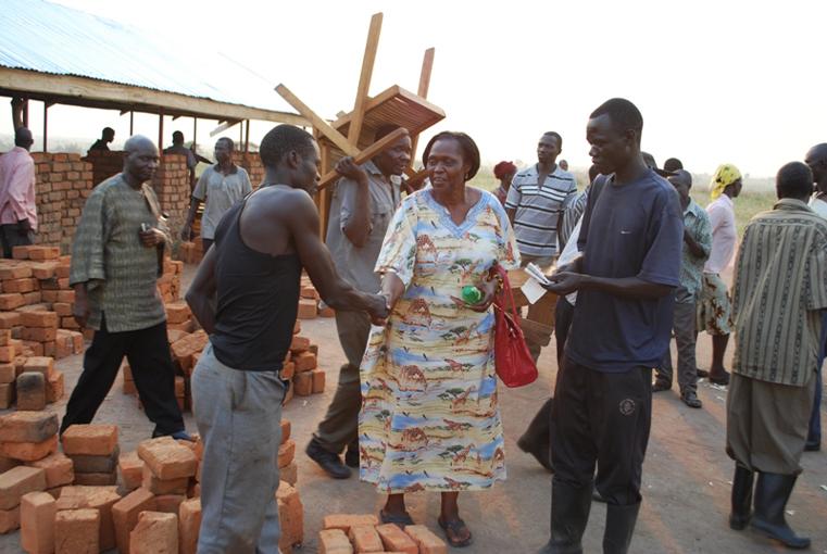 Residents meet with Otunnu, Anywar